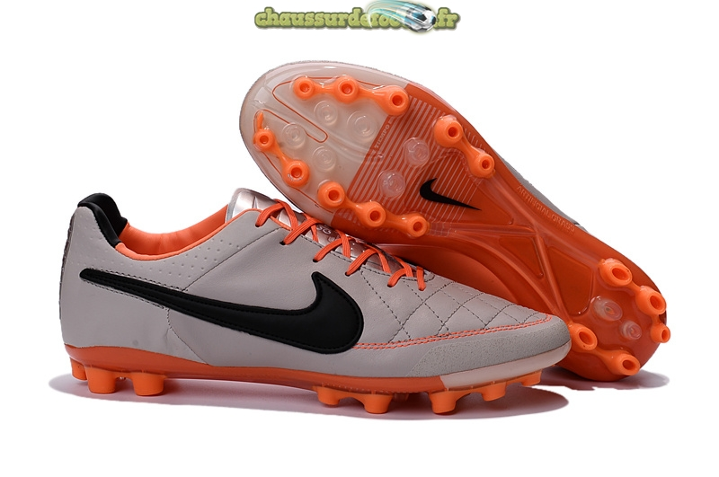 Chaussure Nike Tiempo Legend V AG Gris Rose