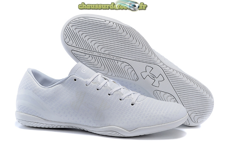 Chaussure Under Armour Clutchfit Force INIC Blanc