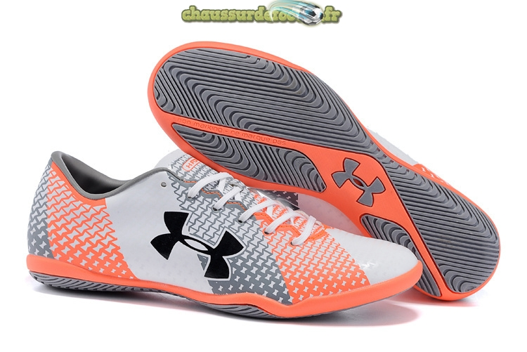 Chaussure Under Armour Clutchfit Force INIC Gris Blanc Rouge